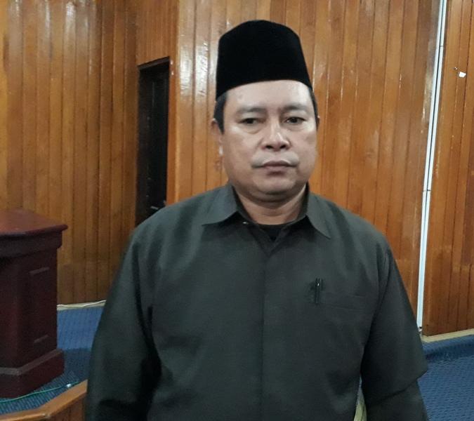FOTO : ISMAWATI/LENTERA SULTRA Kepala Seksi Penyelenggara Haji dan Umroh Kemenag Kota Kendari, H. Sunardin